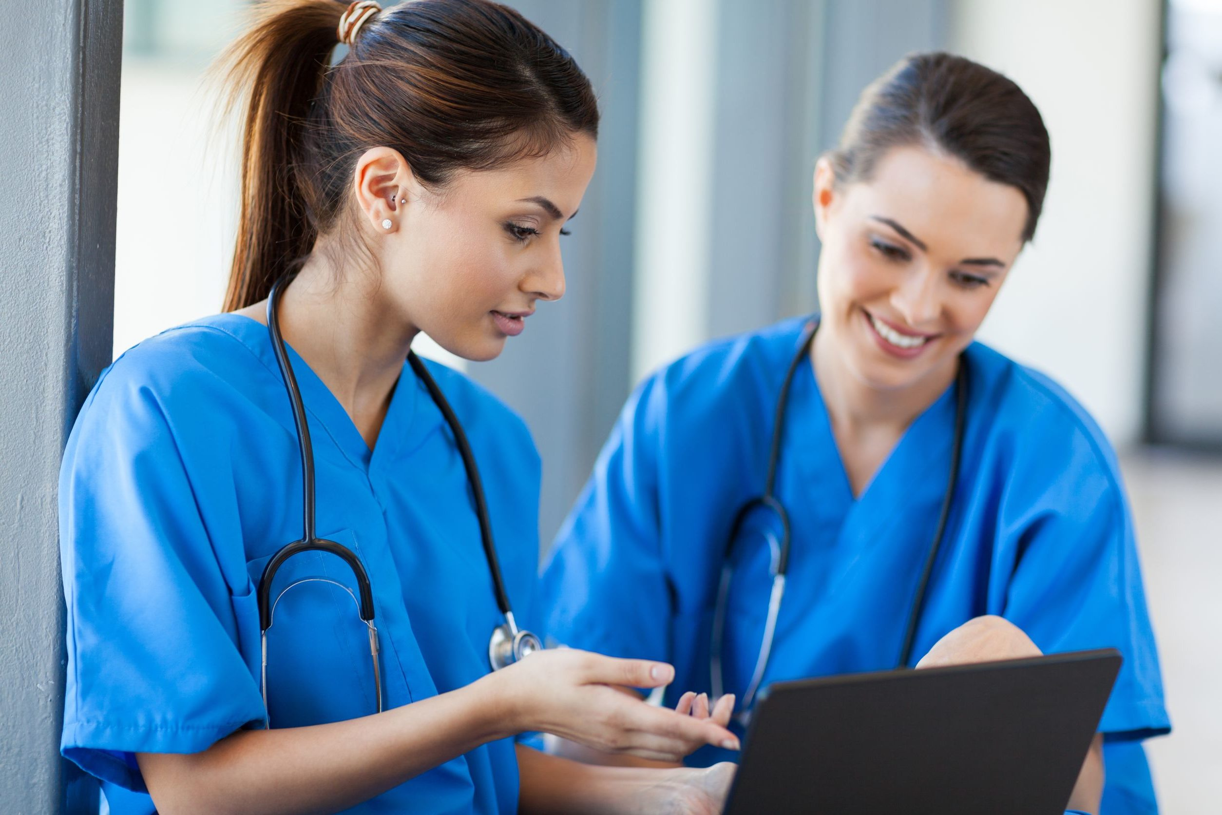 Choosecna your guide to becoming a certified nurse aide start planning your cna career today xflitez Gallery